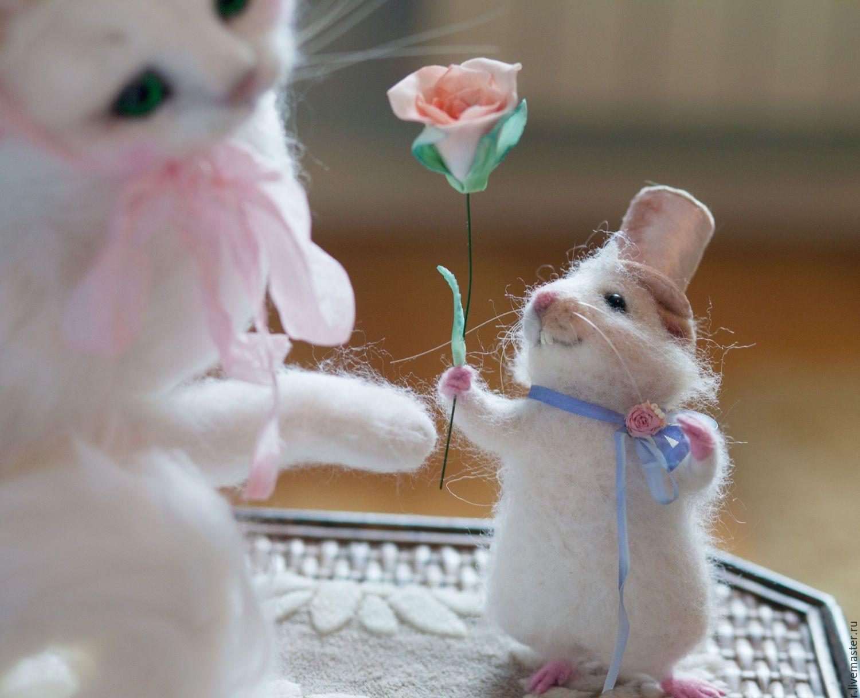 вероятно, мышонок и котенок картинки какого возраста