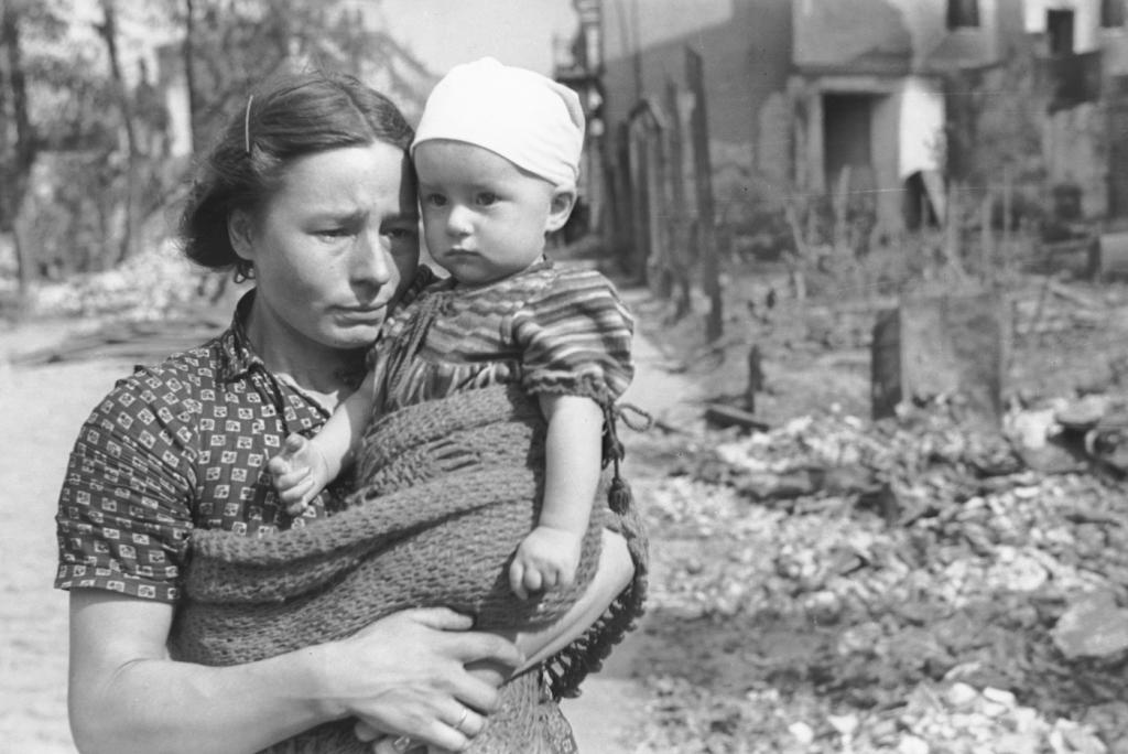 Секс с матерью во время войны рассказ фото 778-996